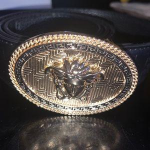 Black Versace belt